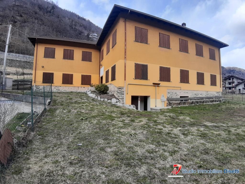 Rustico / Casale in affitto a Corteno Golgi, 8 locali, prezzo € 2.800 | PortaleAgenzieImmobiliari.it