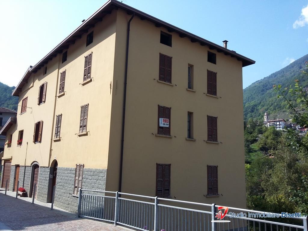 Soluzione Semindipendente in vendita a Corteno Golgi, 6 locali, prezzo € 115.000 | PortaleAgenzieImmobiliari.it