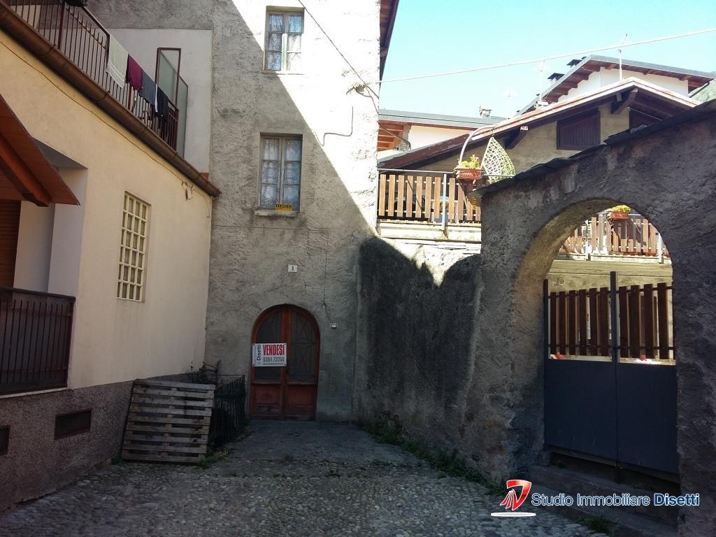 Soluzione Semindipendente in vendita a Edolo, 5 locali, prezzo € 29.000 | PortaleAgenzieImmobiliari.it